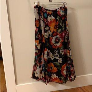 Women's lined maxi skirt.